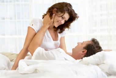 Đặt vòng tránh thai quan hệ có đau không 1